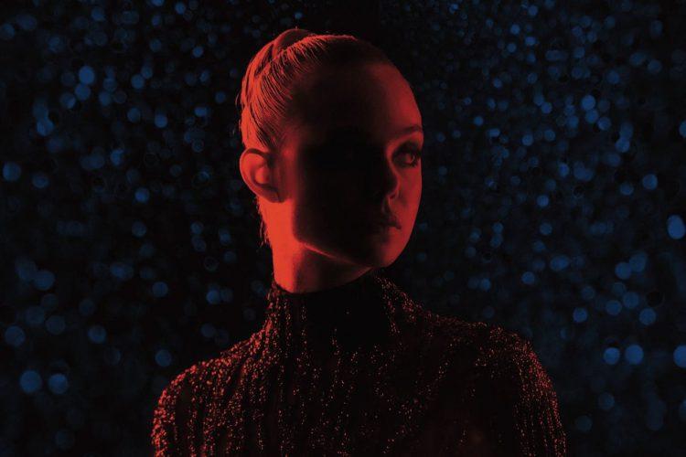 รีวิว Neon Demon: ทุกคนเป็นวัตถุในรายการสยองขวัญ LA ของ Nicolas Winding Refn